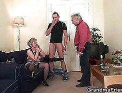 Alara granny gets double penetrated