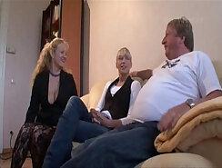 associates daughter fucks moms suck