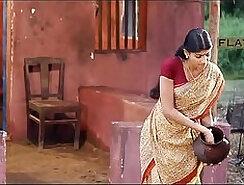 Tamilar XXX: exotic hotties from India