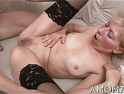 British Girl Getting Her Pussy Stretched