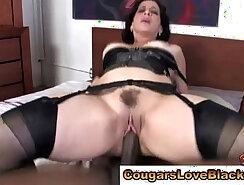 Brunette mature slut with ripped buttierre tries cumshots
