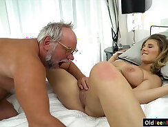 Asian patient with some pretty round ass gets her pussy eaten like grandpa