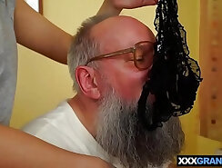 Brazilian sexual encounter first time Young Aline pleases a grandpa