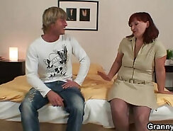 Curvy beauty enjoys riding and engulfing cock