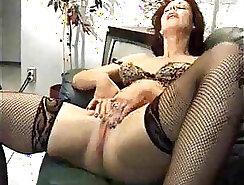 Chubby Mature Woman With Glasses Masturbating