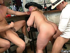 Chubby Birthday Guy In A Threesome