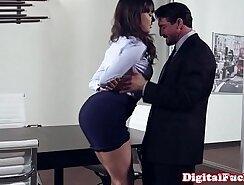 Amy Lee & Milf Clara Mendoza in Naughty Office