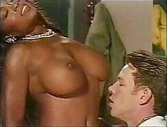 Sexy Lady D Eaten At Bobbiels Detention